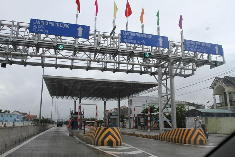 Trạm thu phí tự động tại của ngõ Đà Nẵng